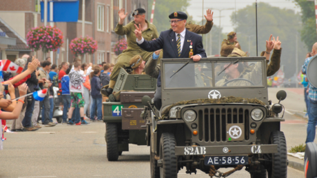 ve-day-parade-in-arnhem-the-netherlands